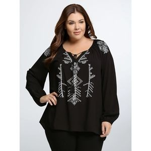 [Torrid] Embroidered Peasant Blouse
